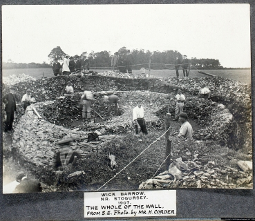 1907 excavation. Copyright Somerset Archaeological & Natural History Society (SANHS)